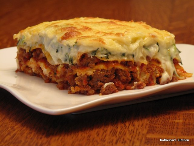 Katheryn's Kitchen – Italian Sausage and Spinach Lasagna