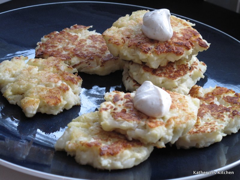 Katheryn's Kitchen – Cauliflower Feta Fritters