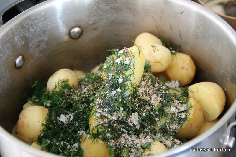 Boiled Potatoes with Added Fresh Herbs and Seasoning
