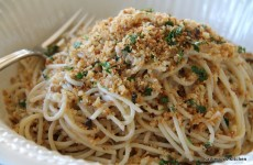 Spaghetti with Breadcrumbs, Garlic and Anchovies